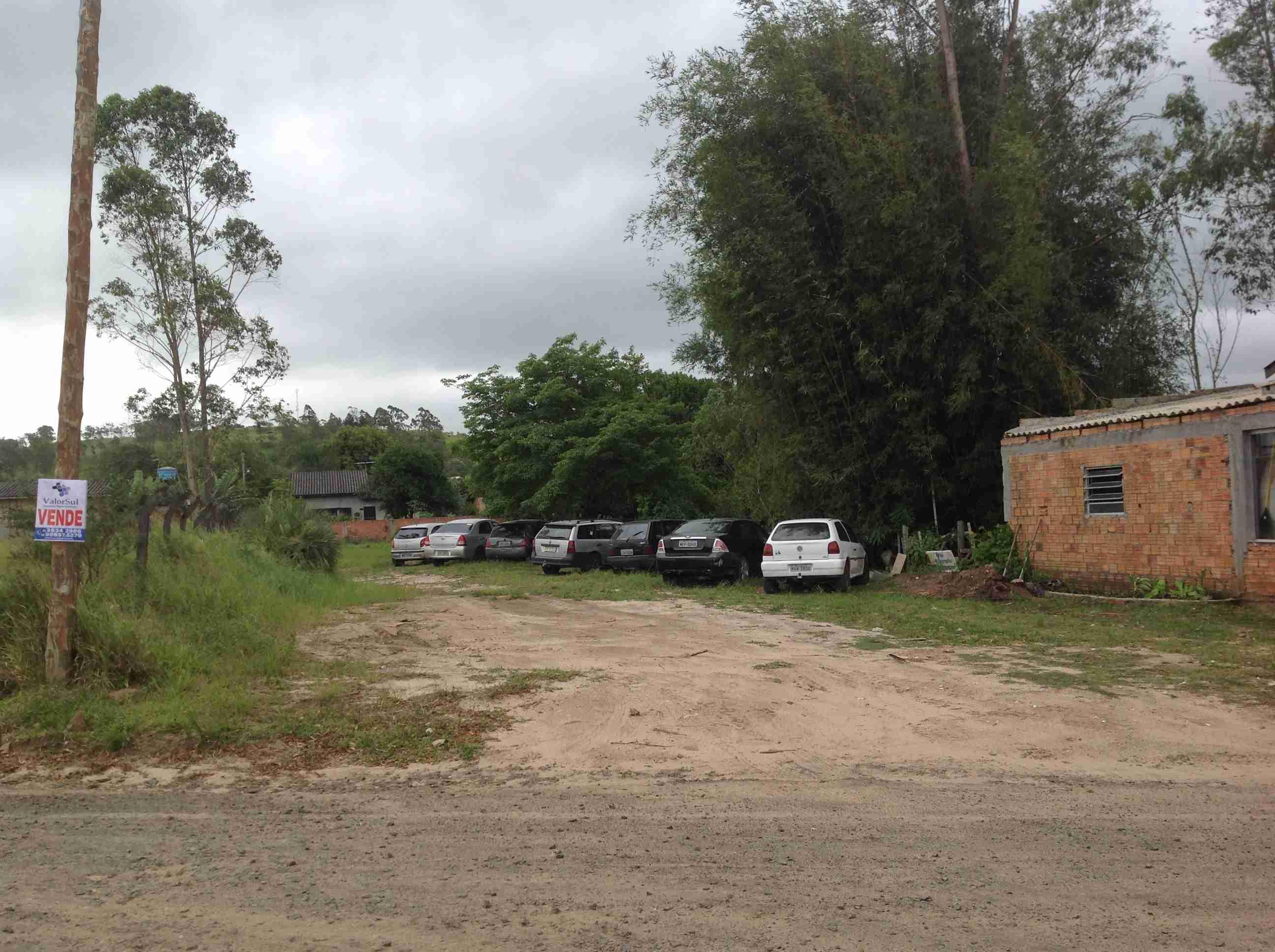Casa frente garagem prefeitura  040