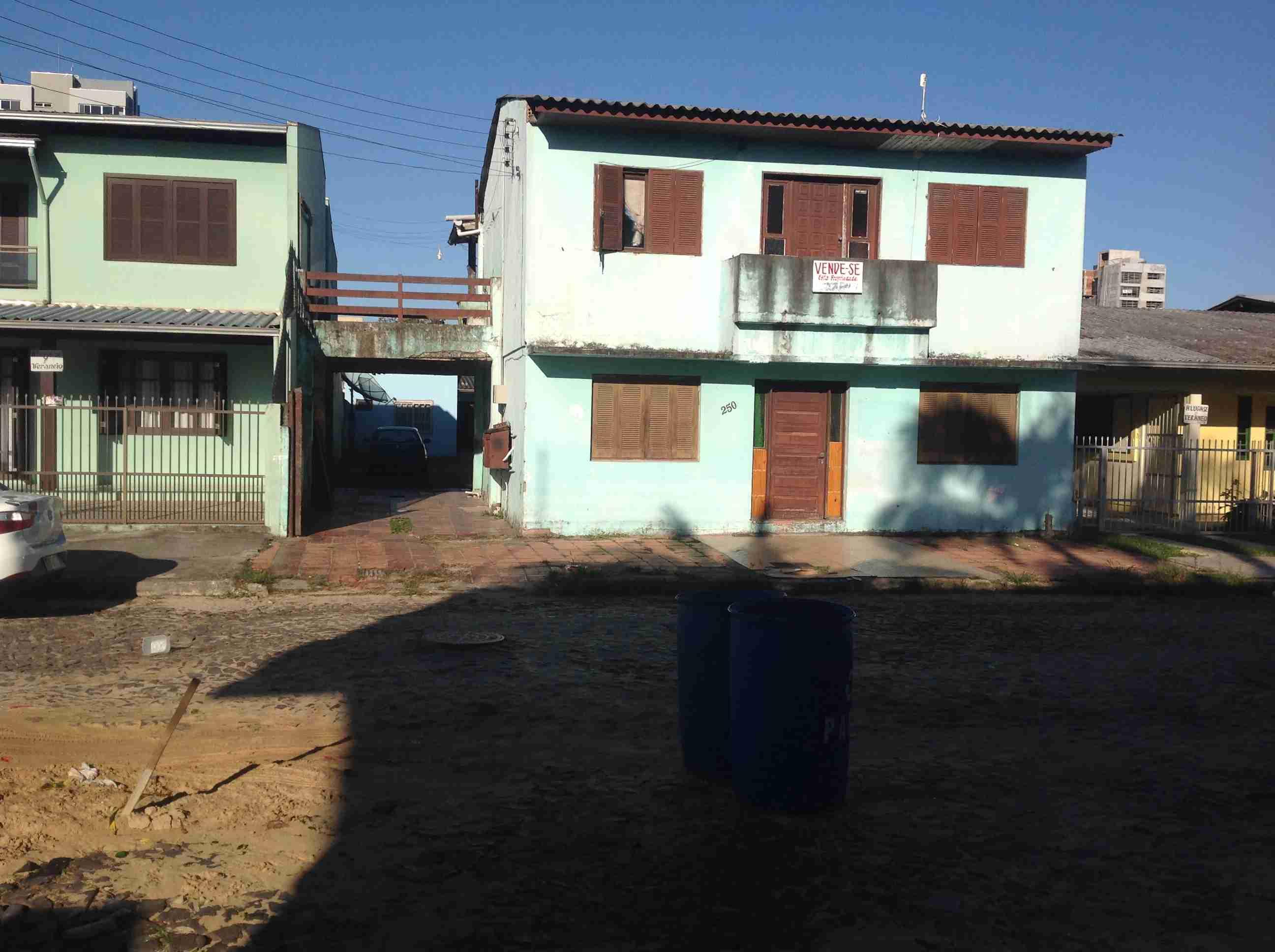 Prédio Torres com apartamentos 065